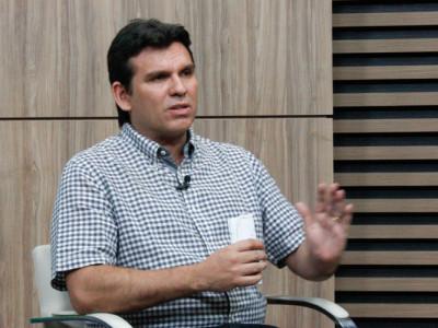 Marllos volta à delegacia e cogita concorrer a prefeito de Valença do Piauí