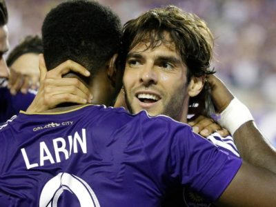 Douglas Costa é cortado por lesão, e Dunga leva Kaká para Copa América