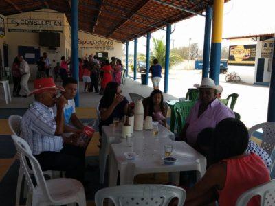 Secretaria Municipal de Assistência Social (SEMAS) promoveu festa para os Idosos do CCI